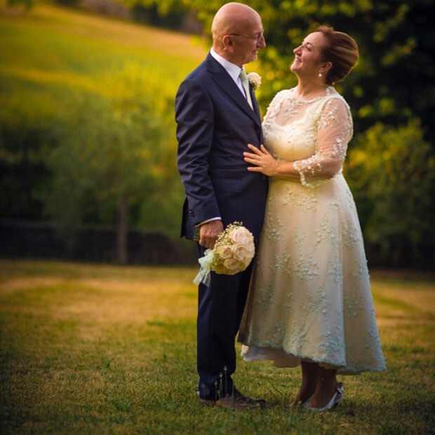abito in pizzo da sposa anni 50 con fiocco