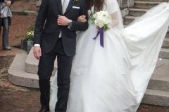 matrimonio con la pioggia maggio bouquet peonie abito pronovias