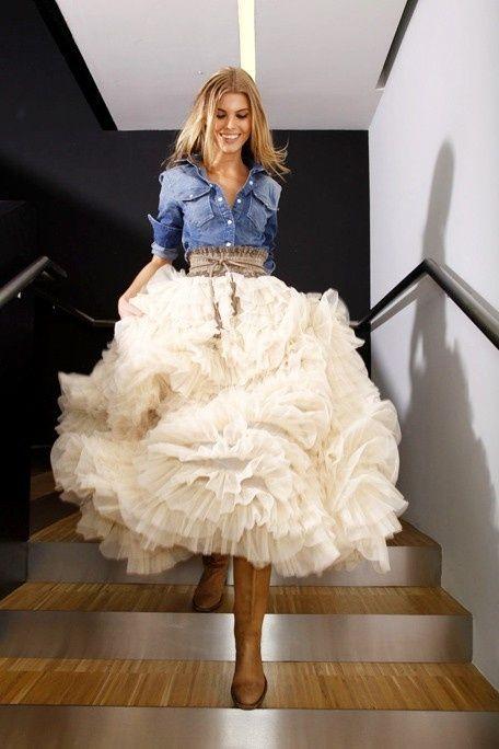 abito da sposa con camicia di jeans