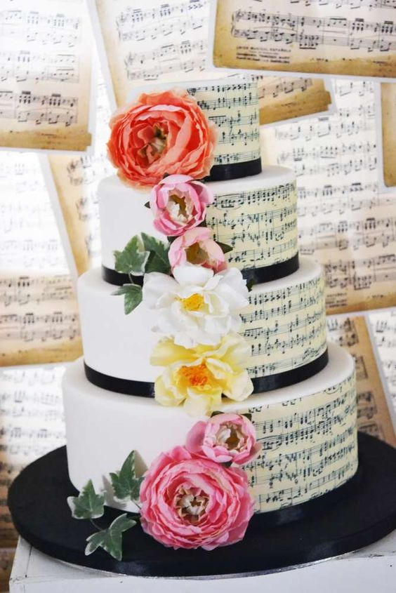 wedding cake a tema musica
