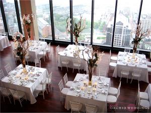 tavolo quadrato reale al matrimonio