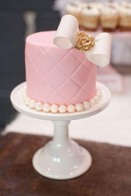 birthday-pink-cake