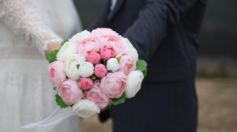Quel servizio ibrido tra chi sceglie matrimonio fai da te e chi si affida esclusivamente alla wedding planner