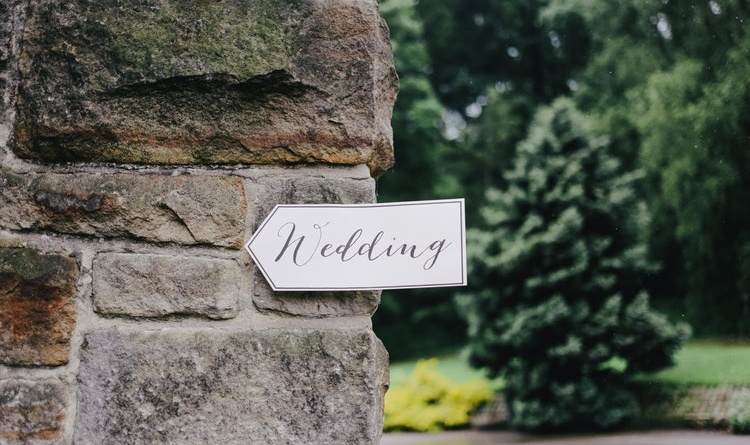 aiuto per matrimonio