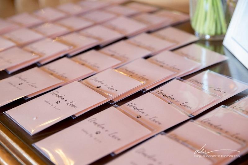 Come scrivere la partecipazione se ti sposi in Villa