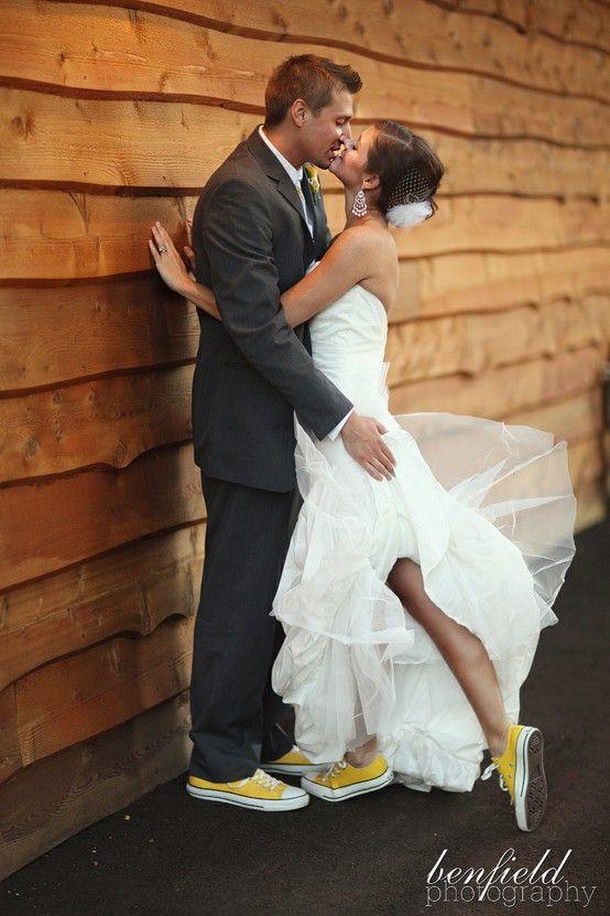 converse gialle foto con marito