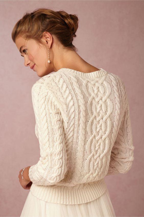 abito da sposa con maglione