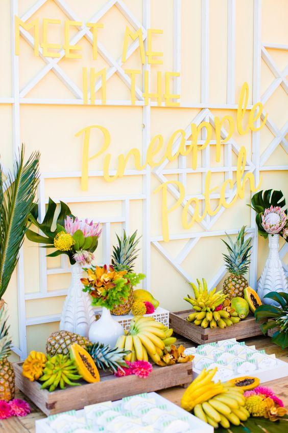 angolo frutta fresca per matrimonio